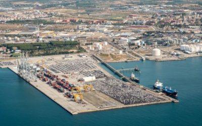 El Puerto crece un 2,6% en febrero gracias al repunte de energéticos