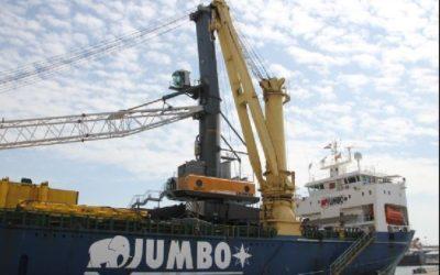 Euroports refuerza su capacidad operativa incorporando una nueva grúa
