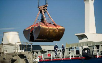 El tráfico en el Puerto pierde fuerza en abril