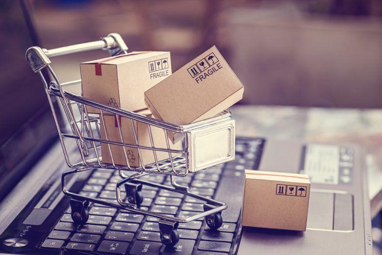 Una jornada de la URV sobre el e-commerce pone de manifiesto la falta de recursos en las aduanas