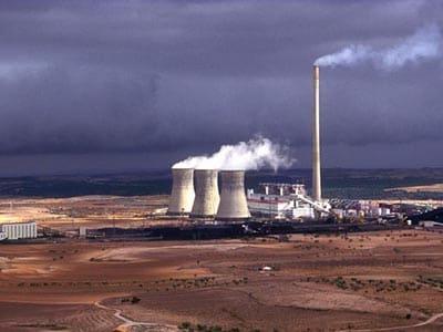 Endesa estudia ceder su línea férrea que conecta el Puerto con Andorra (Teruel), una vez finalice la operativa de carbón