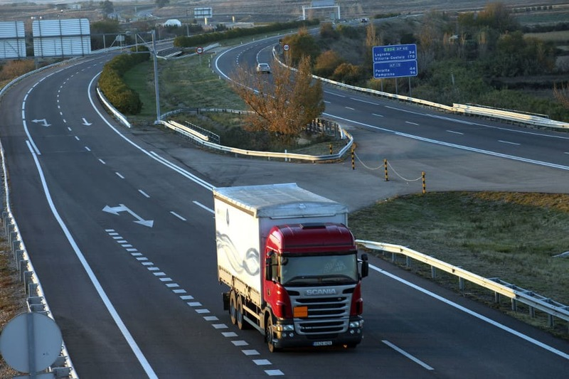 Sigue subiendo el tráfico de camiones en la AP-7 dirección Barcelona y Valencia