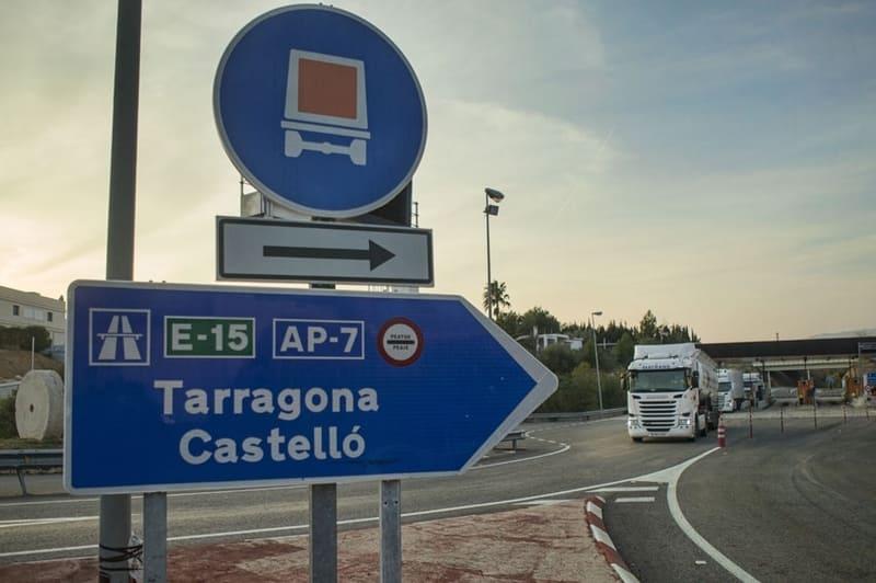 La liberalización de la AP-7 supone para el transportista un ahorro de entre 2.000 y 2.500 euros por vehículo