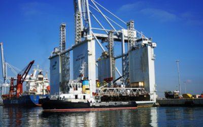 El Puerto acoge un dique flotante para empezar las obras del nuevo Moll de Baleares