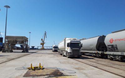 El Puerto realiza una prueba de transporte de soja por ferrocarril