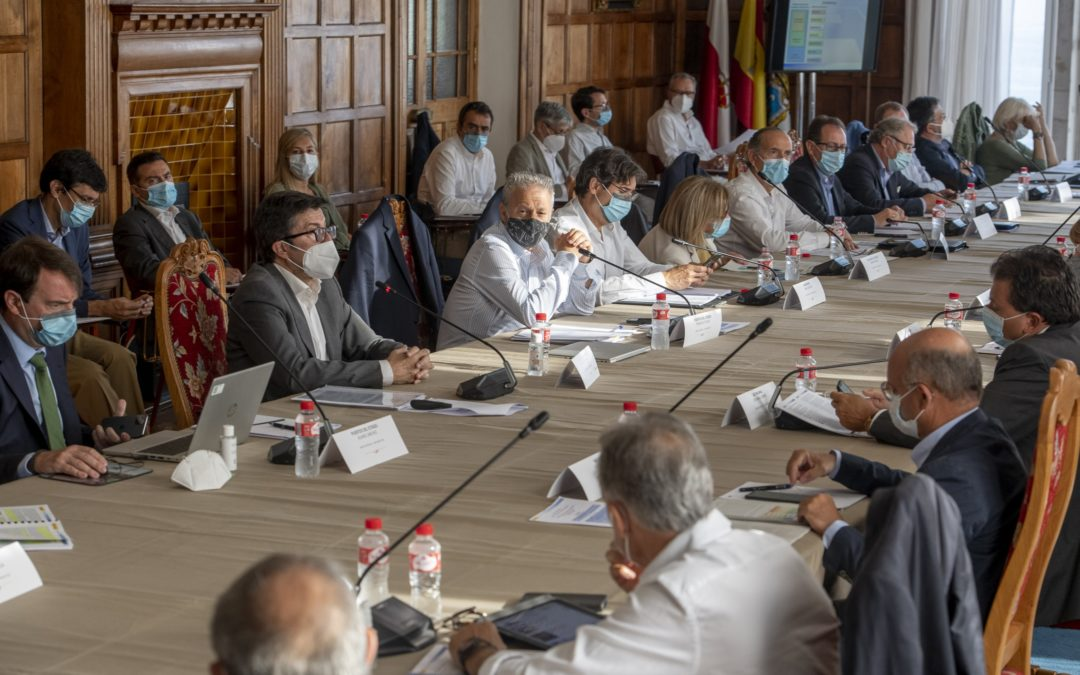 Los puertos estatales acuerdan liderar la protección ambiental como estrategia de crecimiento económico