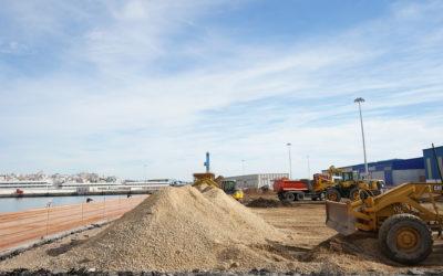 El Port inicia una nueva pavimentación en el muelle de Aragón