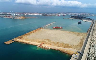 El Port comienza la construcción de la viga cantil del muelle de Balears
