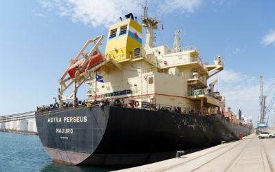 El Port registra la operativa de exportación de alfalfa más grande de su historia